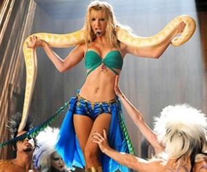 """""""I'm a Slave 4 U BritneyBrittany,"""""""
